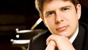 El pianista Javier Perianes, natural de Nerva, es uno de los artistas españoles más internacionales.