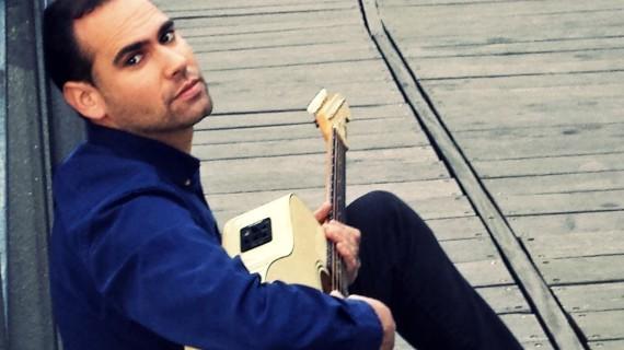 El cantante y compositor Sabas dedica un tema de su último disco a Matalascañas