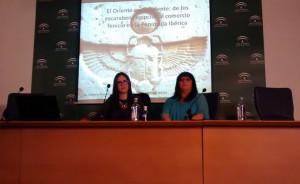 La egiptóloga Vicky Almansa pronunció la conferencia.