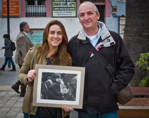 Carmen y Julián, en su reencuentro en la Plaza de las Monjas. / Foto: Pablo Rodríguez.