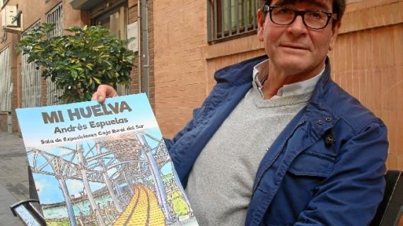 Andrés Espuelas muestra la edición facsímil de 'Mi Huelva' en Holea