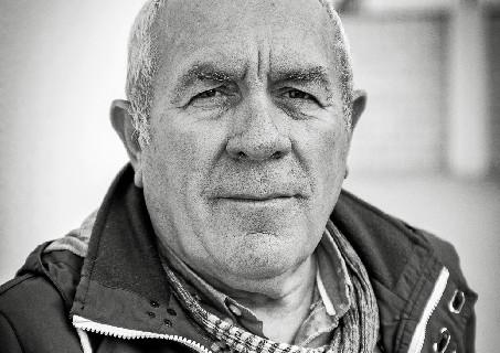 Luis Carlos. Berrocaleño, Maestro, Director del Colegio Manuel Siurot de Huelva