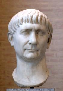 Busto del emperador Marco Ulpio Trajano.