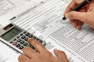 Realizar la declaración de la renta.