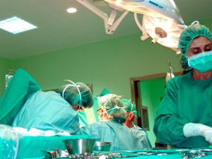 Intervención en el quirófano en el ámbito de la Urología.