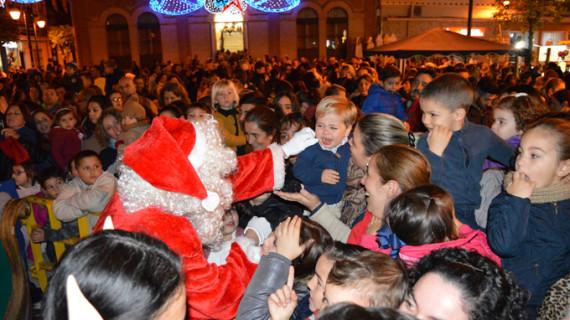 La luz de la Navidad llega a San Juan del Puerto