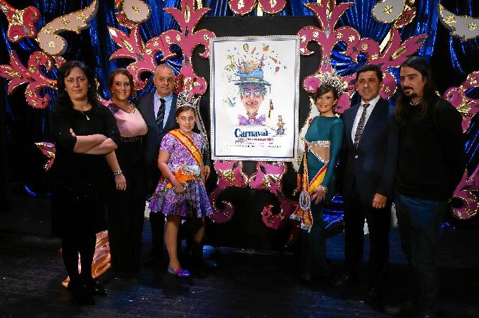 El cartel ha sido obra del artista local Andrés Moreno.