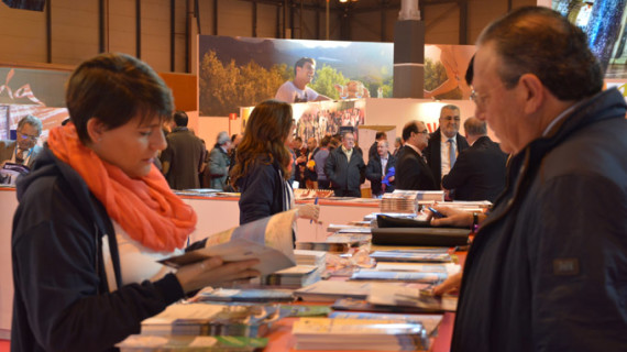 La Sierra de Huelva despliega sus encantos en la Feria Internacional de Turismo