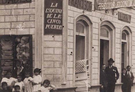 Bazar Llobell de Isla Cristina en los años 20