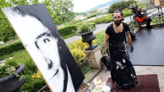 Emilio Fornieles rendirá un homenaje a David Bowie en la Berlinale Remitente