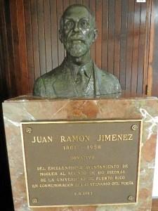 Busto de Juan Ramón que regaló el Ayuntamiento de Moguer a Puerto Rico. / Foto: Rubén Moreno.