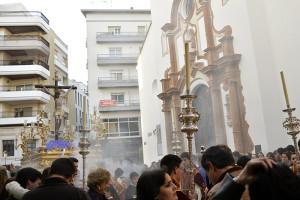 El Cristo del Buen Viaje abandonaba tras una semana de cultos la Parroquia de la Concepción