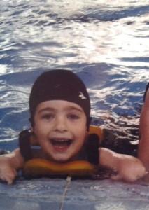 David empezó a nadar de pequeñito.