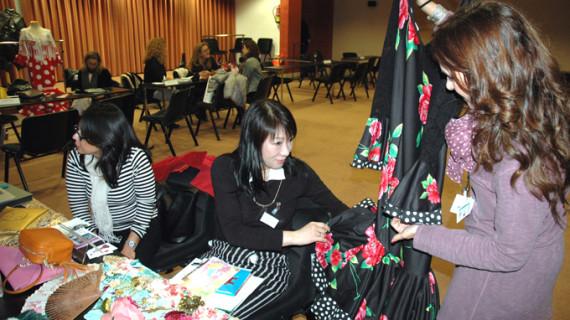 Cuatro firmas onubenses de moda flamenca participan en un encuentro con agentes de EEUU, Japón y Alemania