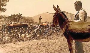 Una imagen muy conocida del entierro de Zenobia y Juan Ramón en Moguer.