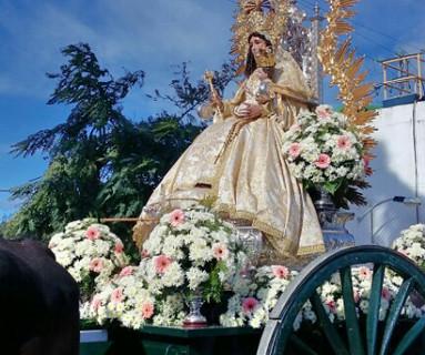 La Virgen de los Clarines acompaña al pueblo de Beas en su peregrinación de febrero