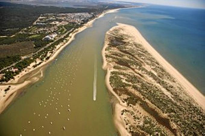 Imagen aérea de la Flecha del Rompido.