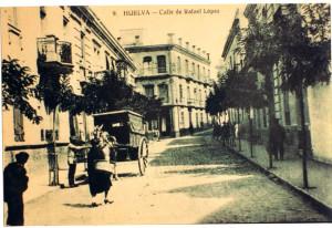 Conocer la historia de las calles es conocer nuestra propia historia. / En la imagen, calle Rafael López. Foto de Domingo Martín.