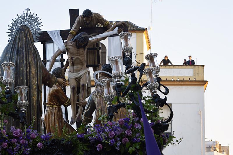 La Fe, Descendimiento, Santo Entierro y La Soledad cierran la Semana de Pasión de Huelva