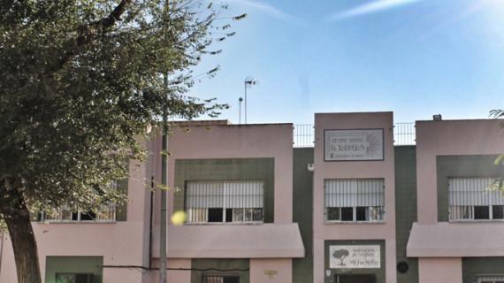 Ponen en marcha seis Escuelas de Familias en los centros sociales de la capital