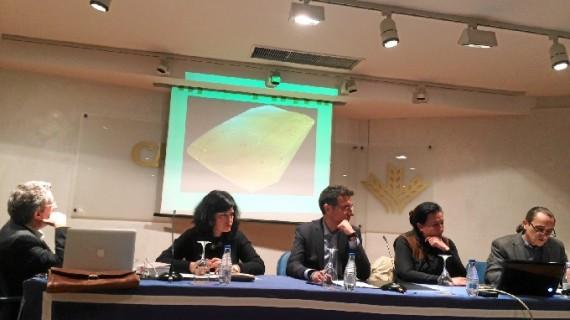 'Iniciativa Huelva' propicia un animado debate sobre el patrimonio onubense