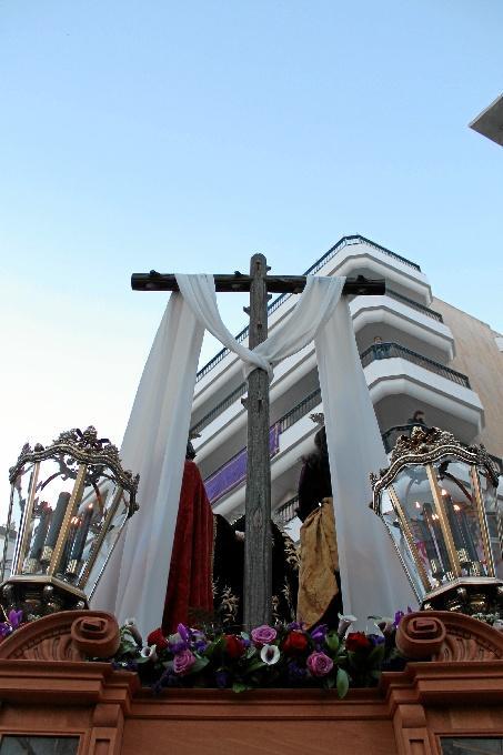 Estampa histórica en la primera salida de la Santa Cruz desde la Concepción
