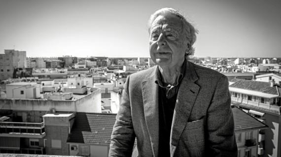 José Luis Ruiz Díaz. Sevilla. 1939. Licenciado en Historia de América. Generador e impulsor de la Cultura de la Huelva