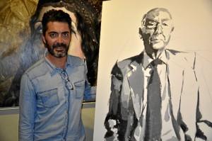 Juan Galán y su obra finalizada en directo.