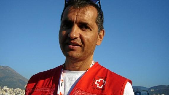 El voluntario de Cruz Roja de Huelva Henry Massieuxm o cómo vivir la realidad de los refugiados en las islas griegas en primera persona