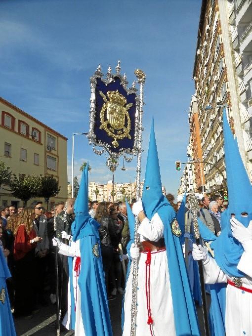 Victoria y Esperanza, Prendimiento y Santa Cruz llenan de devoción el Miércoles Santo