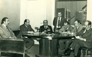 Tertulia de flamenco de Radio Sevilla con Luis Caballero, Antonio Mairena, Rafael Belmonte, Manuel Palomino Vacas y José Núñez de Castro en 1968.