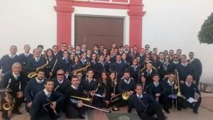 La Banda de Nuestra Señora de la Cinta al paso de palio.