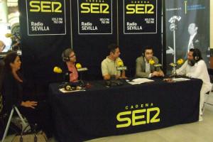 Ildefonso con Lole, Manuel, Salomón Hachuel y Domingo González durante un programa especial desde la Bienal de flamenco de Sevilla en 2008.