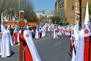 El cortejo de nazarenos va en aumento cada año