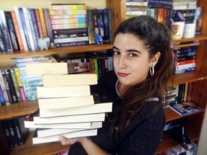 May R. Ayamonte ha publicado ya cinco libros.