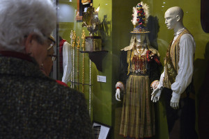 Los trajes tradicionales de San Benito Abad forman parte de la exposición