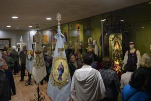 Muchos onubenses se acercaron por la Casa Hermandad de Huelva en la inauguración de este encuentro de folklore