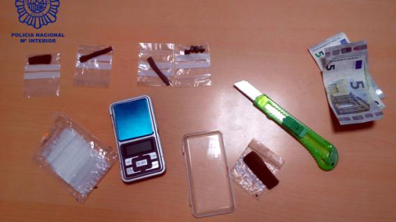Detenido 'in fraganti' un menor por tráfico de estupefacientes en el entorno del campus de La Merced