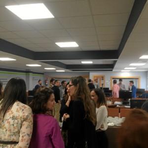 Imagen de algunos de los asistentes al acto de inauguración de la sede en calle Puerto.