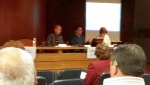 Los técnicos encargados del proyecto, durante la exposición en Sevilla. De izq a dercha-Manuel Torres y Atila Barrios.