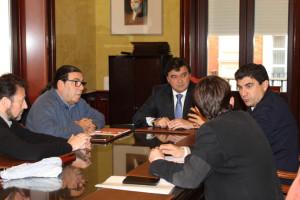Cruz se ha reunido con Fernández y Espinosa.