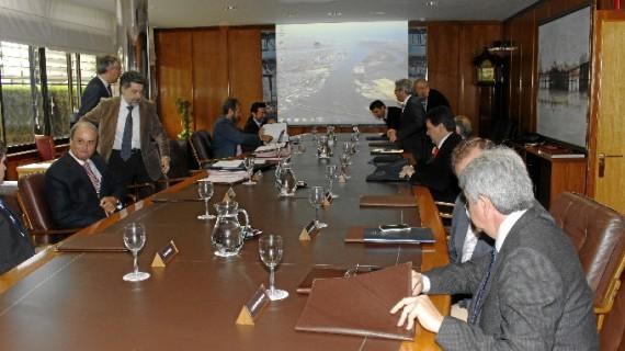 El Puerto de Huelva aprueba un plan de responsabilidad social empresarial para estrechar las relaciones puerto-sociedad