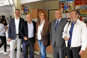 Foto de familia de los participantes en la presentación del libro 'La imagen viajera de Huelva'. / Foto: José Rodríguez.
