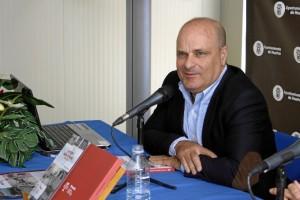 Ramón Fernández Beviá, durante su intervención. / Foto: José Rodríguez.