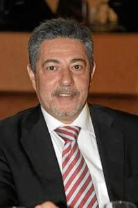 Gonzalo es presidente del Colegio desde 1998.