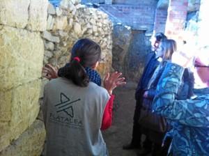La visita sorprende a los visitantes.