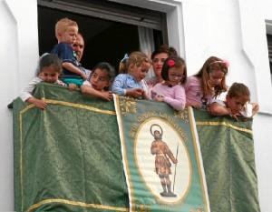 Numerosos cartayeros acompañaron al Santo a lo largo de todo su recorrido.