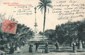 Vista del Paseo a principios de la segunda década del siglo XX, con la Palmera en primer plano, tras los campesinos