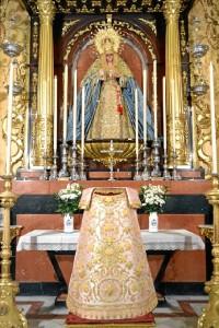 Nueva saya de la Virgen de la Victoria.