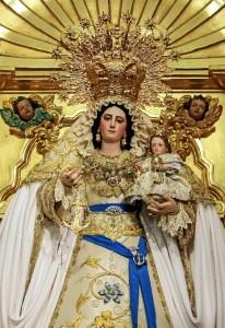 Virgen de la Esperanza de Hinojos.
